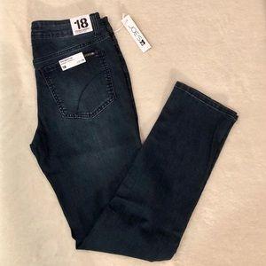 Joe's Jeans The Brixton Straight Narrow Jeans NWT